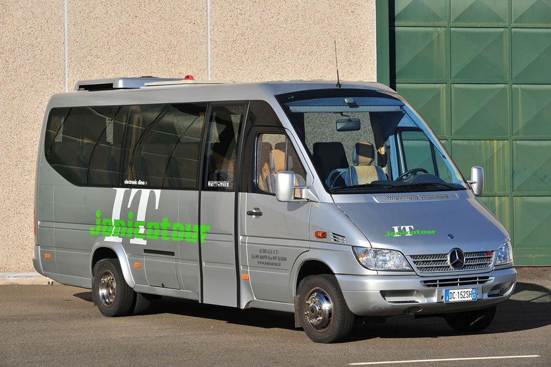 minibus jonicatour l'originale
