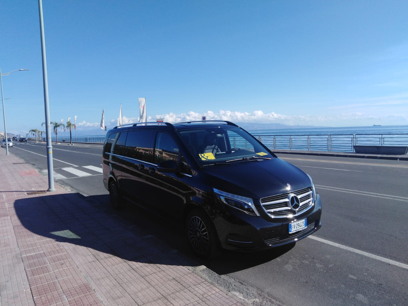 Mercedes V.Class 7 posti è l'ultimo acquisto Jonicatour